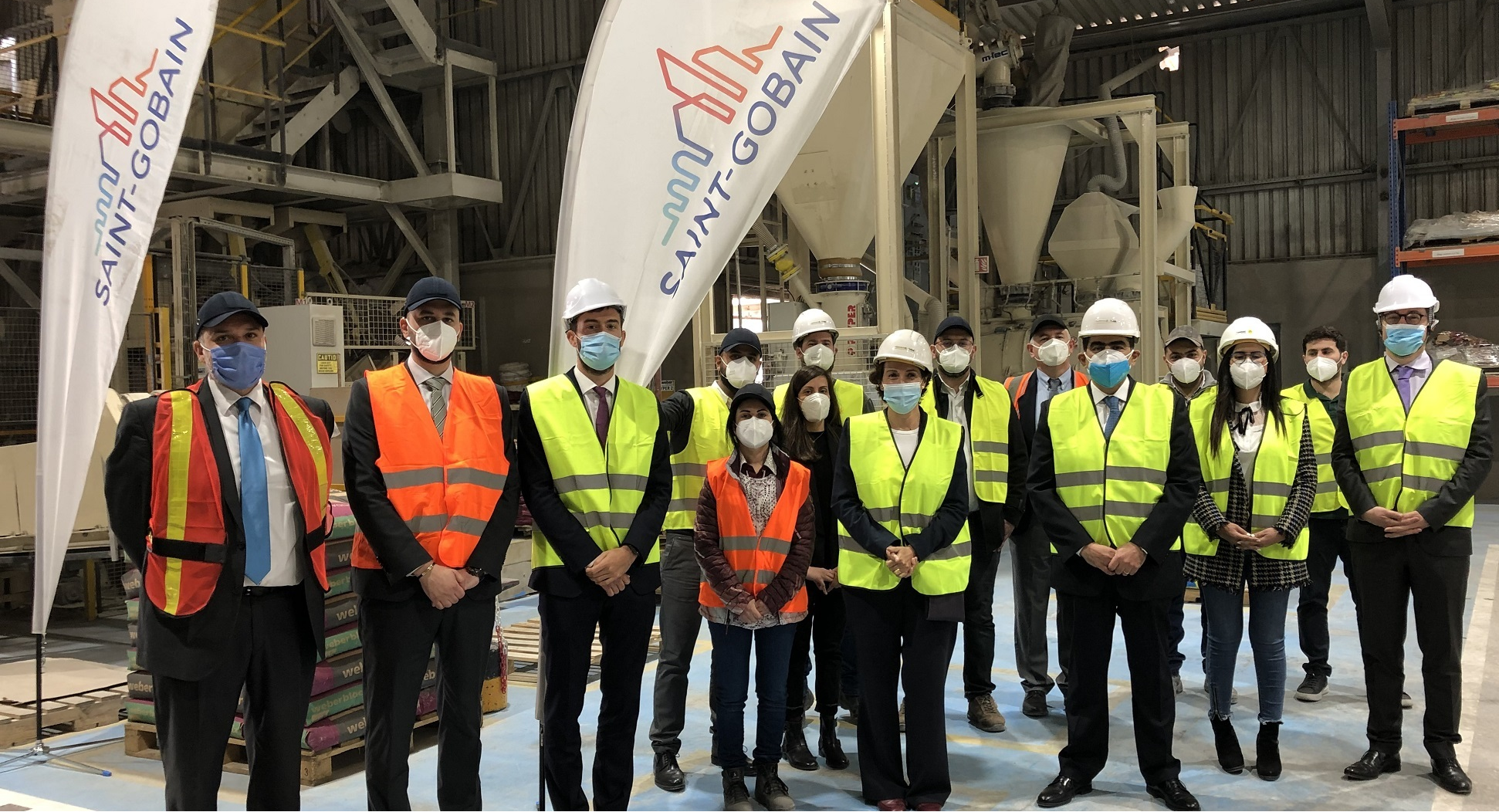 Saint-Gobain Lebanon receives French Ambassador